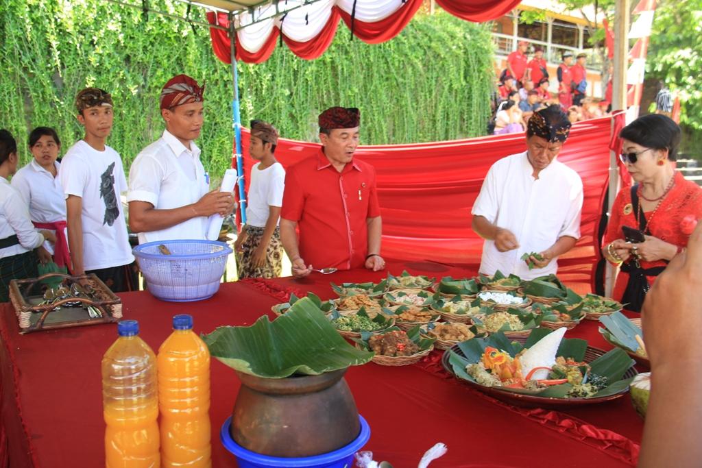 SUASANA Festival Kuliner Bali serangkaian HUT ke-47 PDIP di Taman Budaya Candra Buana, Karangasem