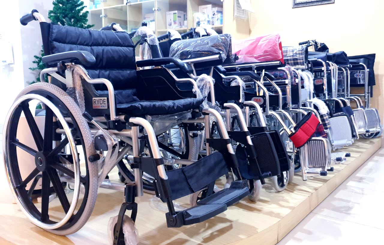 KURSI roda memberi banyak manfaat untuk pasien.
