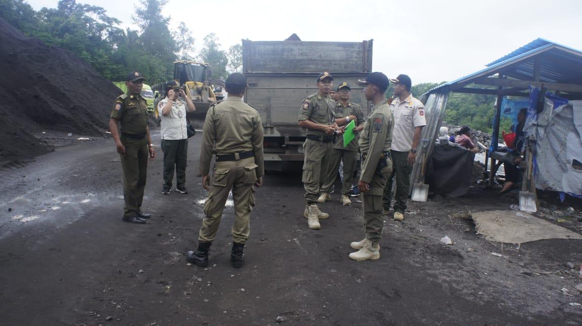 SATPOL PP Provinsi Bali kembali menggelar sidak galian C tak berizin yang masih beroperasi di wilayah Kecamatan Selat, Kabupaten Karangasem, Minggu (8/3/2020). Foto: nengah adi suda dharma