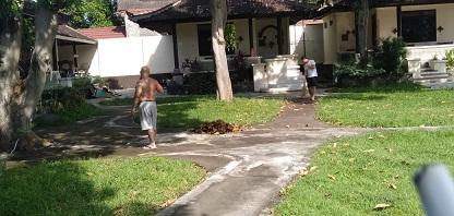 TEMPAT karantina bagi PMI asal Buleleng yang menjalani isolasi di beberapa hotel di Buleleng. Foto: rik