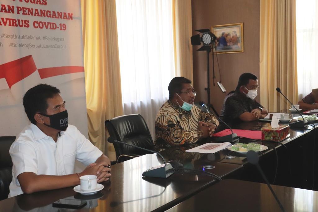 RAPAT Evaluasi Penanganan Covid-19 bersama FKPD Buleleng, dan beberapa pimpinan OPD di Pemkab Buleleng. Foto: rik