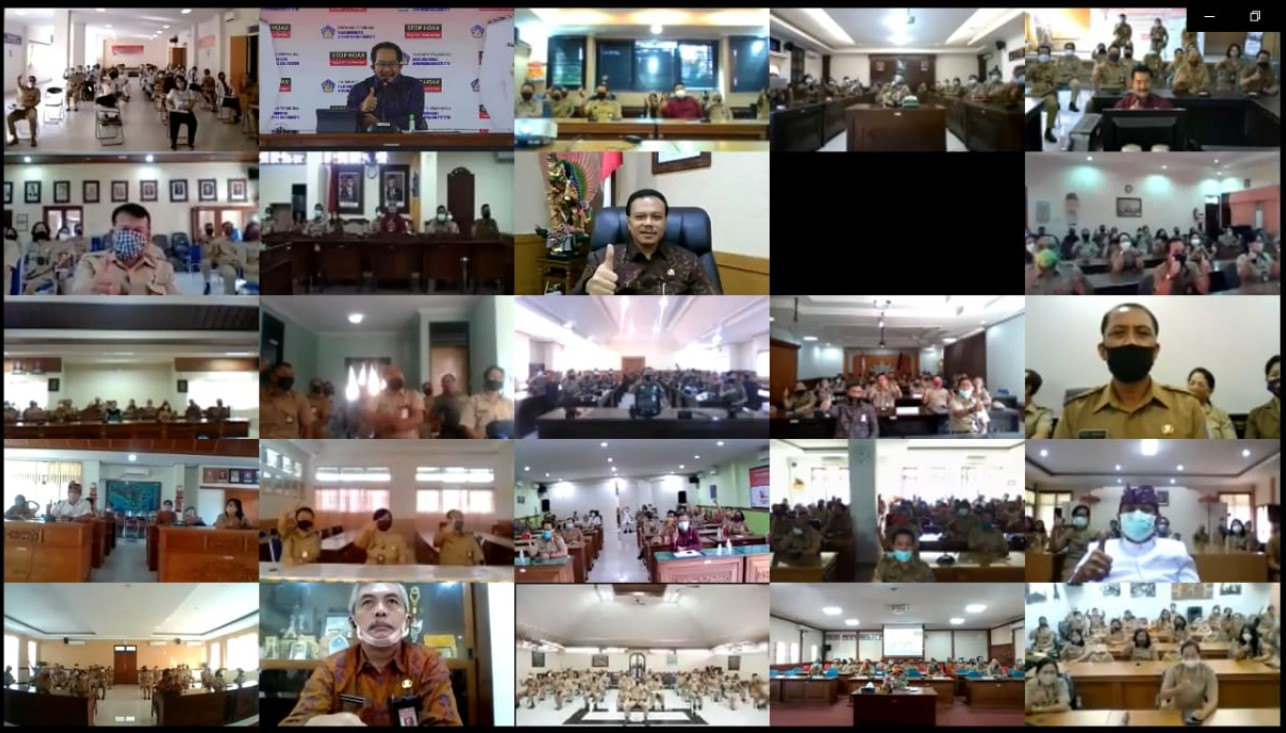 POSBALI/IST SEKDA Dewa Indra saat virtual Pemprov Bali.