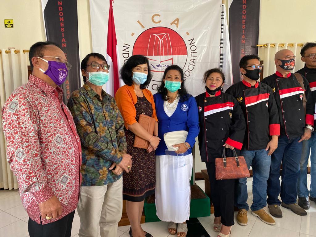 Foto: BPC ICA PELANTIKAN BPC Indonesia Chef Assosiation (ICA) Kabupaten Bangli masa bakti 2020-2025, Minggu (9/8). Foto: gia