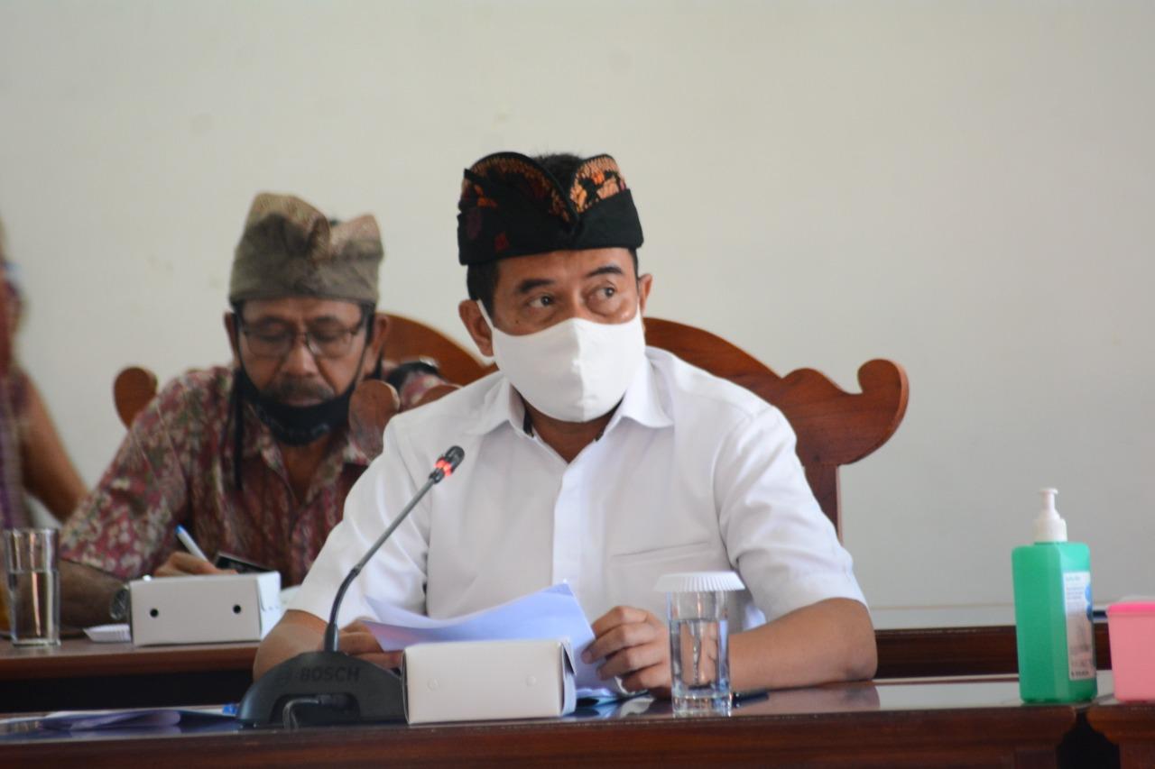 Foto: Ketua DPRD Gede Supriatna. Foto: rik