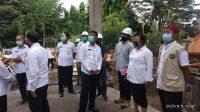 Foto: RUMAH SAKIT BUPATI Karangasem, I Gusti Ayu Mas Sumatri, sambangi proyek pembangunan poliklinik di RSUD Karangasem, Rabu (5/8). Foto: nad