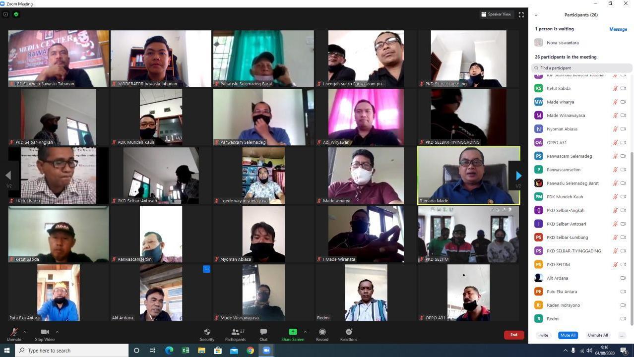BAWASLU Kabupaten Tabanan menggelar acara diskusi secara virtual, yang dipimpin Ketua Bawaslu Tabanan, I Made Rumada, di Bawaslu Tabanan, Selasa (4/8/2020). Foto: gagah