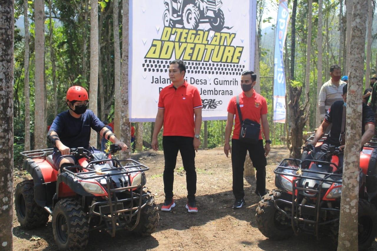 Foto: WABUP KEMBANG HARTAWAN WABUP Kembang Hartawan saat meresmikan D'Tegal ATV Adventure Desa Gumbrih, Jumat (21/8). Foto: man