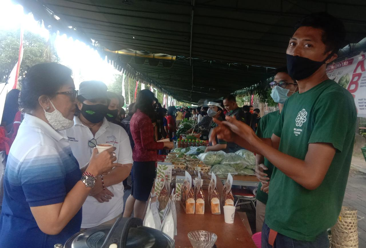 Pasar Gotong Royong Bantu Para Petani di Tengah Pandemi