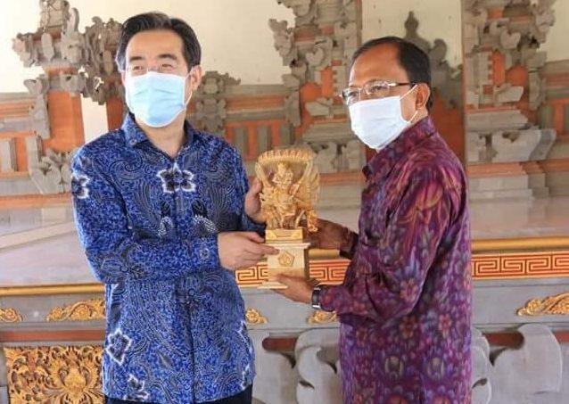 Temui Gubernur Koster, Tiongkok Dukung Penanganan Covid-19 di Bali