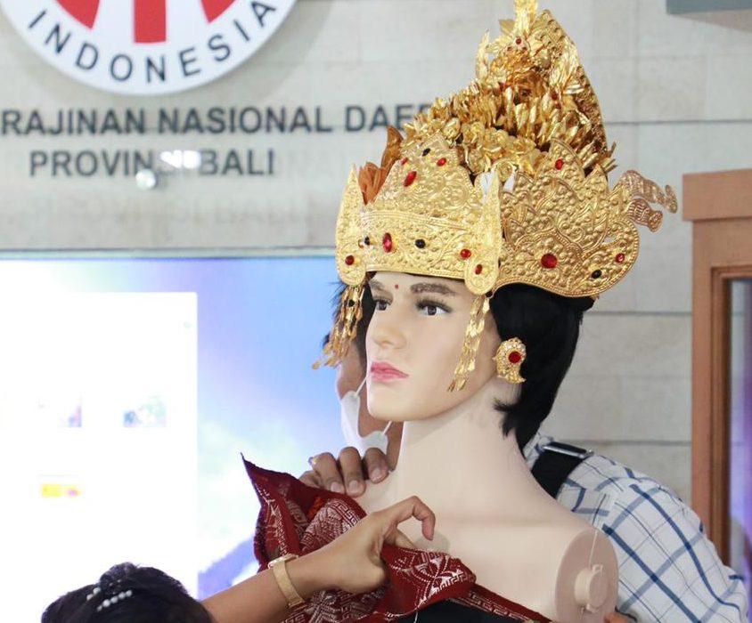 PENATAAN pameran Dekranasda Bali. Foto: ist