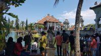 TAMAN Soekasada Ujung, Karangasem, ramai dikunjungi wisatawan domestik saat Umanis Galungan, Kamis (17/9). Foto: nad