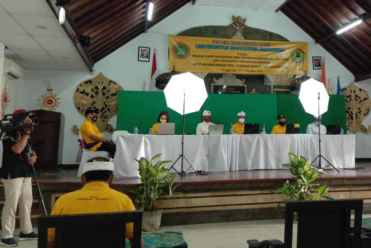 OSPEK Universitas Mahadewa Indonesia yang berlangsung secara daring. Foto: alt