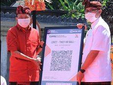 GUBERNUR Koster meluncurkan digitalisasi pembayaran kawasan pariwisata dan web pasar se-Bali. Foto: ist