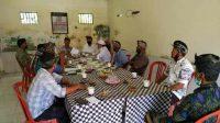 MDA Kecamatan Abang, Karangasem turun ke Desa Peselatan minta klarifikasi soal warga yang kesepekang. Foto: ist