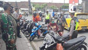SIDAK masker di eks Terminal Batubulan, Sukawati. Foto: adi