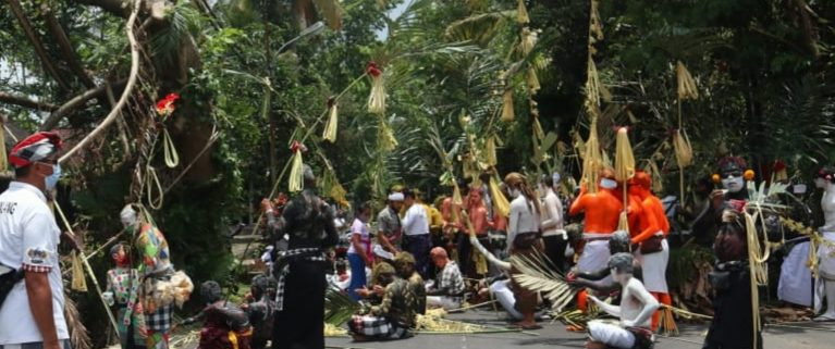 TRADISI ngerebeg di Pura Duur Bingin, Desa Tegallalang, Kecamatan Tegallalang. Foto: adi