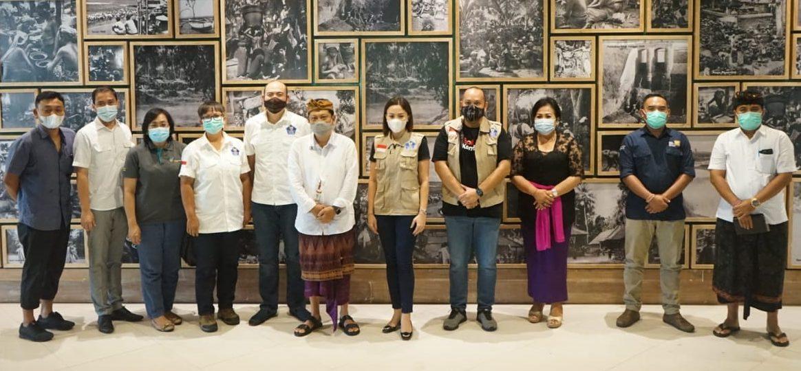 WALI KOTA Rai Mantra menerima tim Gerakan Bali Kembali, Kamis (19/11/2020) di DNA Kreatif Hub. Foto: ist