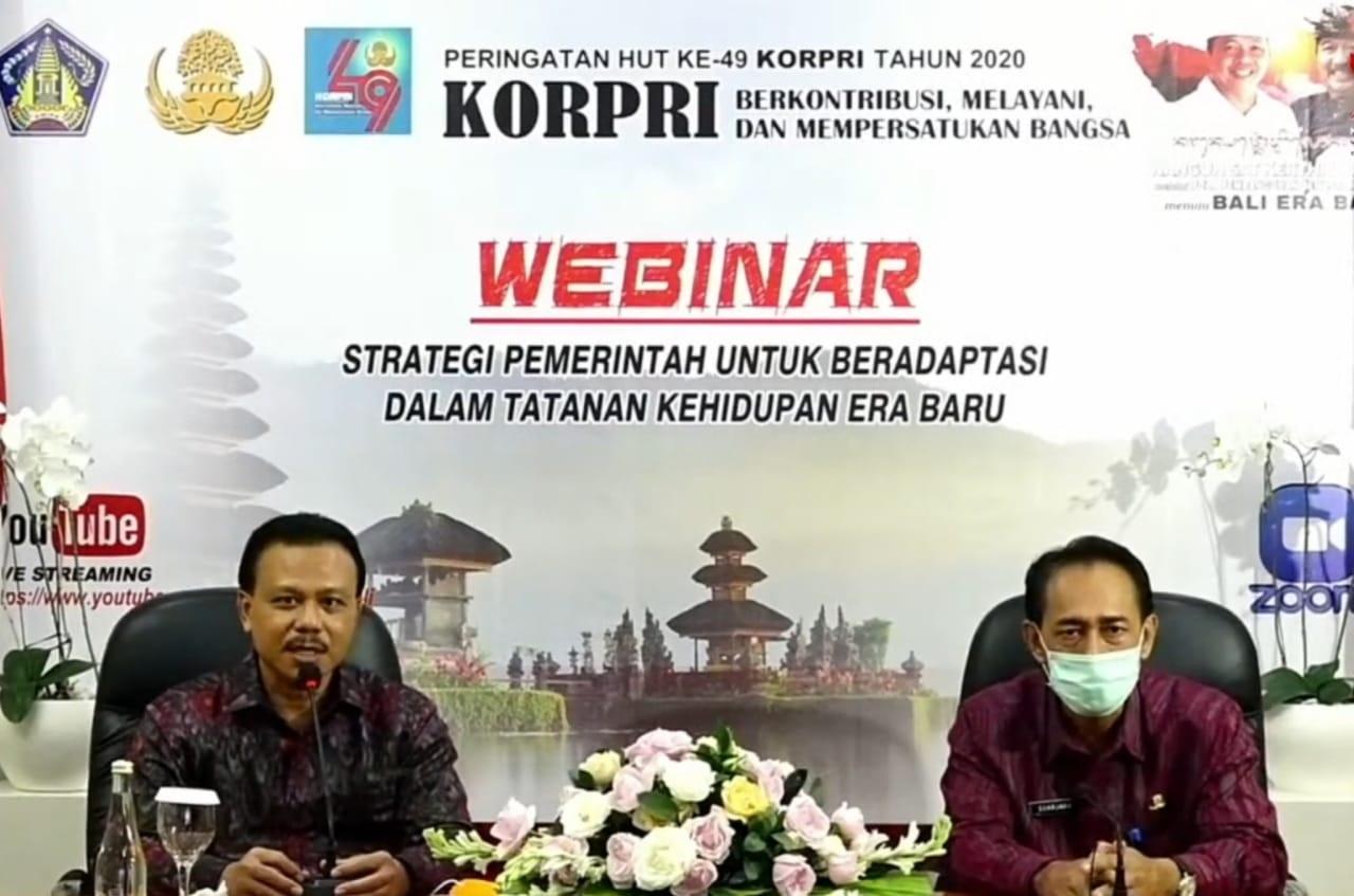 SEKDA Dewa Indra saat web seminar serangkaian peringatan HUT ke-49 Korpri tahun 2020 pada Jumat (27/11/2020). Foto: ist