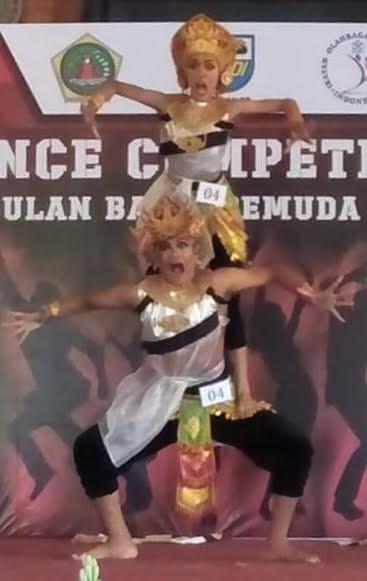 PENAMPILAN salah satu peserta Dance Competition di Balai Budaya Gianyar. Foto: adi
