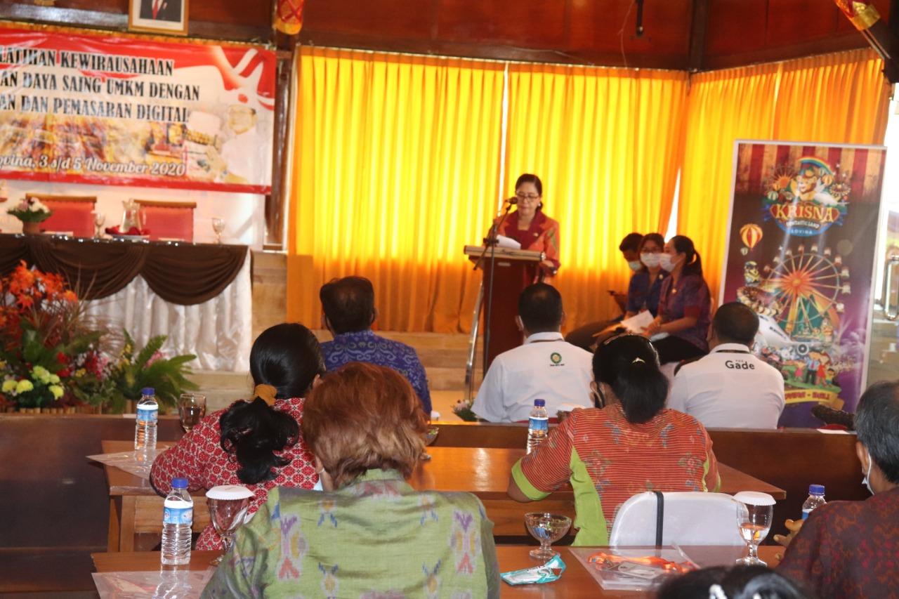 PELATIHAN kewirausahaan yang diikuti oleh 30 peserta berasal dari para pelaku UMKM di Buleleng. Foto: rik