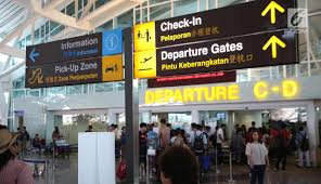 AKTIVITAS kedatangan dan keberangkatan Bandara Internasional I Gusti Ngurah Rai. Foto: ist