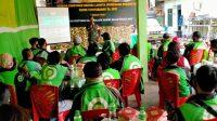 KEGIATAN komsos yang diselenggarakan Kodim 1619/Tabanan, dengan melibatkan puluhan awak ojol se Tabanan, di Makodim Tabanan, Rabu (25/11/2020). Foto: ist