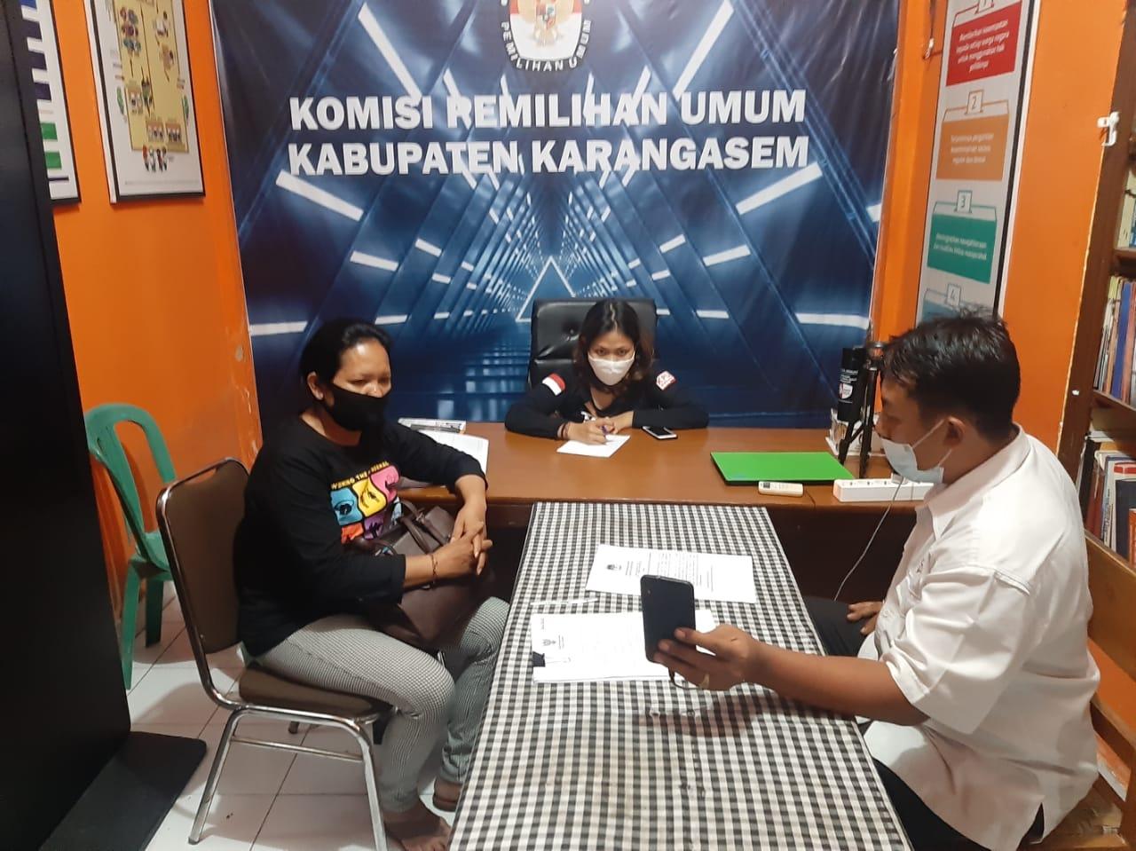 RAPAT pleno KPU Karangasem, Senin (9/11/2020) malam dengan agenda pemilihan Ketua KPU Karangasem definitif. Foto: ist