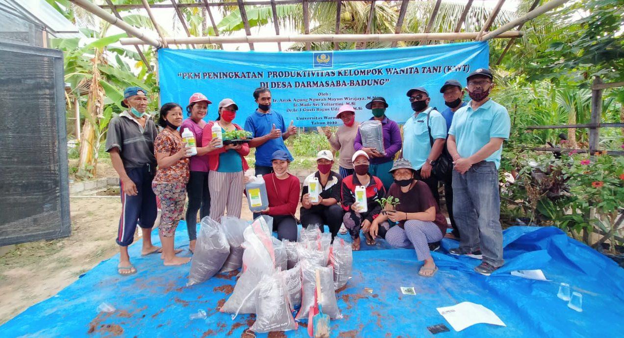 Mengabdi di Masyarakat, FP Unwar Tingkatkan Kemampuan KWT Dharma Mesari Desa Darmasaba, Badung