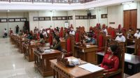 RAPAT Penyampaian pembahasan 18 Ranperda Buleleng oleh DPRD Buleleng. Foto: ist