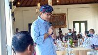 SANDIAGA Uno saat melakukan dialog dengan para pelaku industri pariwisata Bali di Garuda Wisnu Kencana (GWK) Bali, Minggu (27/12/2020). Foto: ist