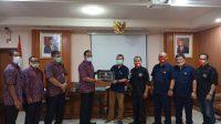 FORUM Pembauran Kebangsaan (FPK) Kota Denpasar menerima kunjungan kerja studi komparatif FPK Kota Bogor bertempat di aula kantor Kesbangpol Kota Denpasar, Selasa (1/12/2020). Foto: ist
