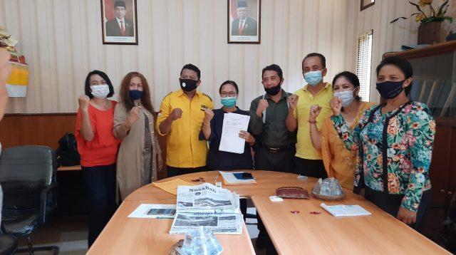 TIM Hukum Pilkada DPD Partai Golkar Bali usai rilis terkait dugaan pelanggaran Pilkada Jembrana dan Pilkada Karangasem, Kamis (3/12/2020). Foto: Ist