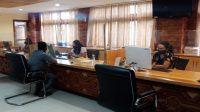 SUASANA pelayanan perizinan di MPP Sewakadarma Kota Denpasar. Foto: dok