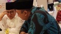 KETUA DPW PKB NTB, Lalu Hadrian Irfani (kanan) bersama Ketua Umum DPP PKB, Muhaimin Iskandar, dalam satu acara partai beberapa waktu lalu. Foto: rul