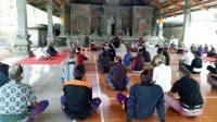 ACARA pemilihan Bendesa Adat Belimbing, Desa Belimbing, Kecamatan Pupuan, yang dilaksanakan di Wantilan Desa Belimbing, Minggu (24/1/2021). Foto: ist