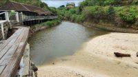KONDISI salah satu titik di loloan Pantai Dreamland yang sudah bersih dari sampah kiriman