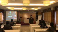 KEPALA BNN Kota Denpasar, AKBP Sang Gede Sukawiyasa, saat membuka kegiatan dialog interaktif remaja di Denpasar, Kamis (4/3/2021). Kegiatan diikuti 10 orang perwakilan KSPAN SMA/SMK se-Kota Denpasar. Foto: ist