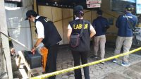 TIM Labfor Polda Bali melakukan olah TKP di lokasi penemuan mayat Mintaning di wilayah Kelurahan Penarukan, Buleleng, beberapa waktu lalu. Foto: rik