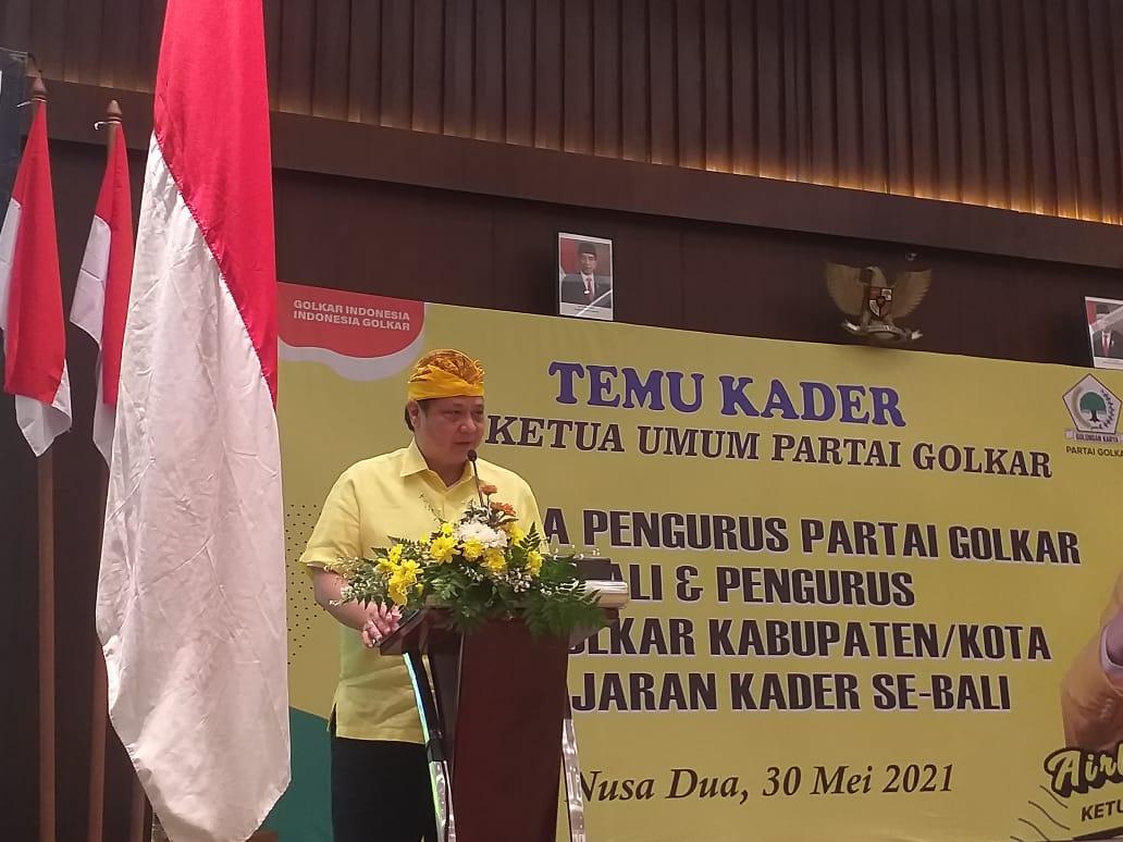 AIRLANGGA Hartarto saat memberi sambutan dalam temu kader dan pengurus Partai Golkar dari seluruh Bali di Nusa Dua, Badung, Minggu (30/5/2021). Foto: ist