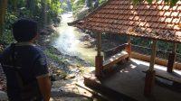JALUR trekking Kemenuh Monkey River di Desa Kemenuh, Kecamatan Sukawati. Foto: adi