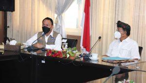 KUNJUNGAN perwakilan Satgas Penanganan Covid-19 Nasional yang diterima Tim Satgas Covid-19 Buleleng, Kamis (6/5/2021). Foto: rik
