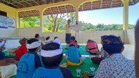 """KEGIATAN """"KMHDI Mengajar"""" di Desa Seraya Timur, sekaligus memperingati Hari Pendidikan Nasional, Minggu (2/5/2021). Foto: ist"""