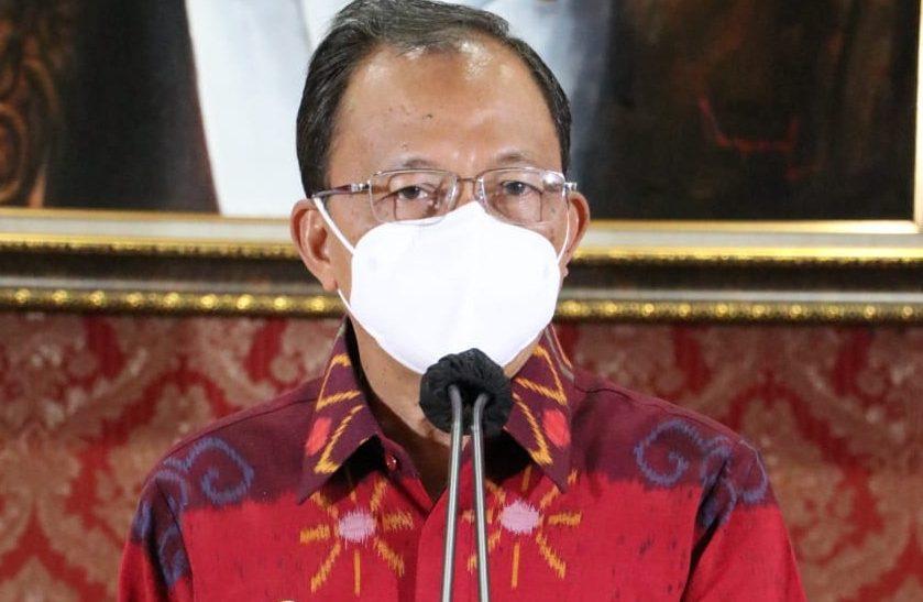 GUBERNUR Bali, Wayan Koster,saat menyampaikan keterangan pers, Selasa (4/5/2021). Foto: ist
