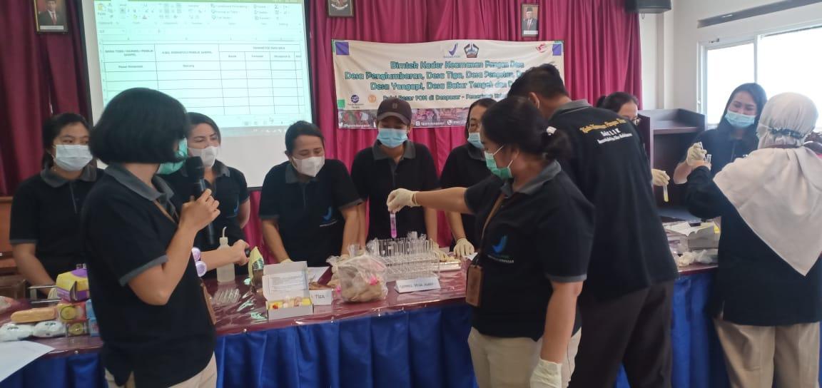 BALAI Besar Pengawas Obat dan Makanan (BBPOM) Denpasar menyelenggarakan bimbingan teknis (bimtek) bagi kader keamanan pangan desa. Foto: ist