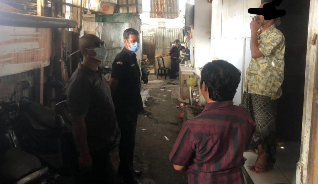 Sidak, Tim Satgas DLHK Denpasar Tertibkan Pembuang Limbah ke Sungai