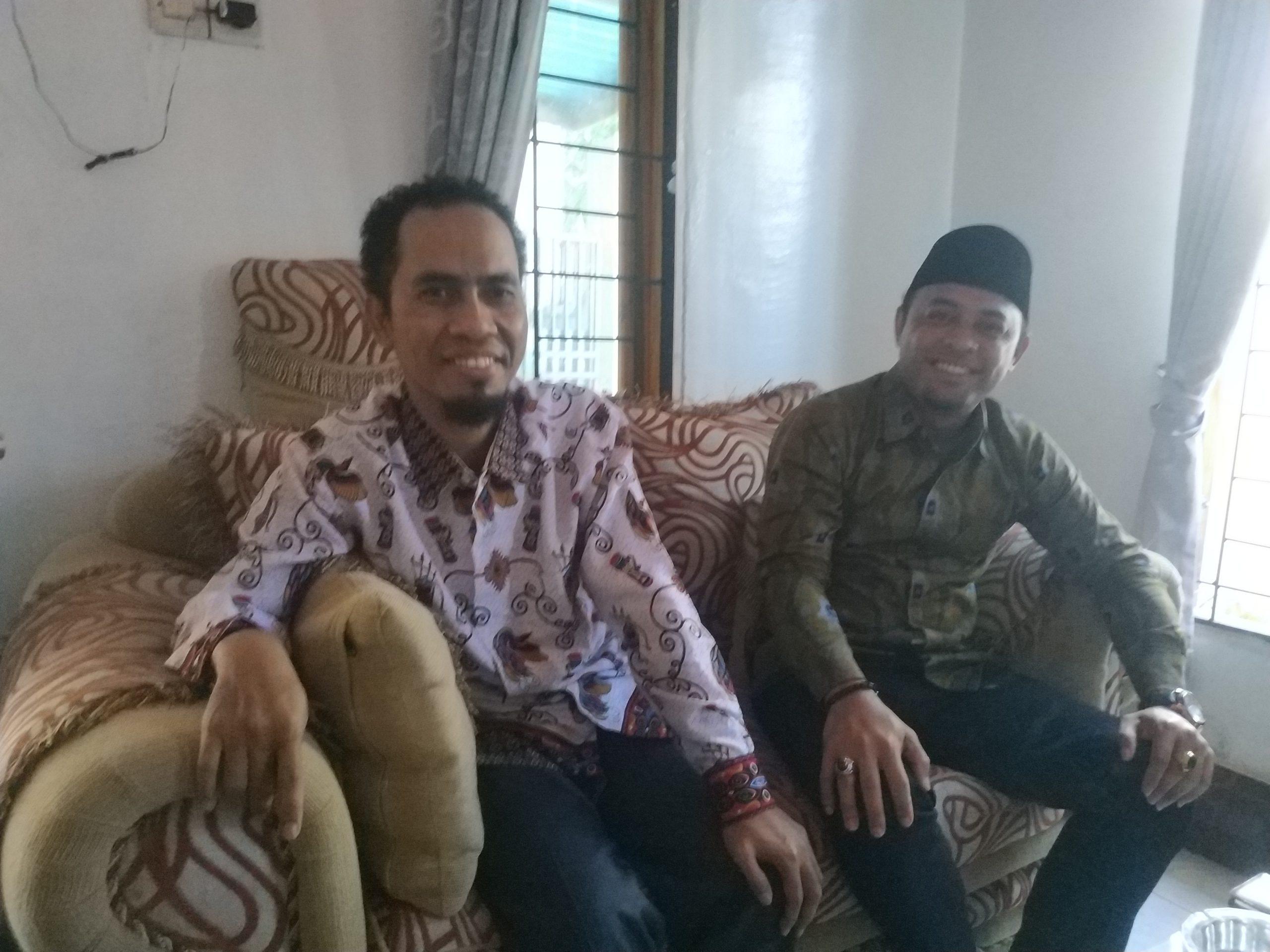 KETUA DPD Partai Berkarya NTB, Agus Lamaran; dan Ketua DPD Partai Berkarya Lobar, Suherman. Foto: ist