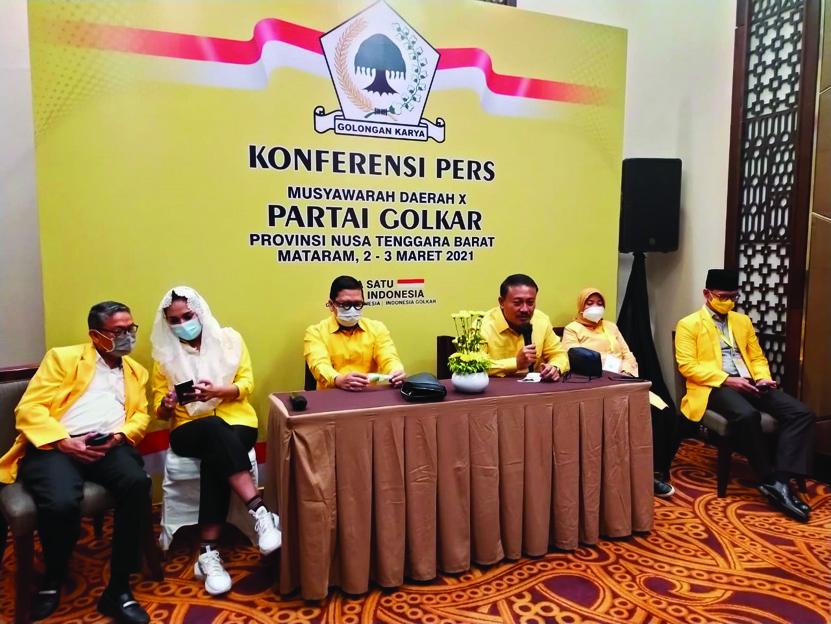 WAKETUM DPP Golkar yang juga Ketua Komisi II DPR RI, Ahmad Doli Kurnia (tengah), saat menghadiri Musda X Partai Golkar NTB, beberapa waktu lalu. Foto: ist