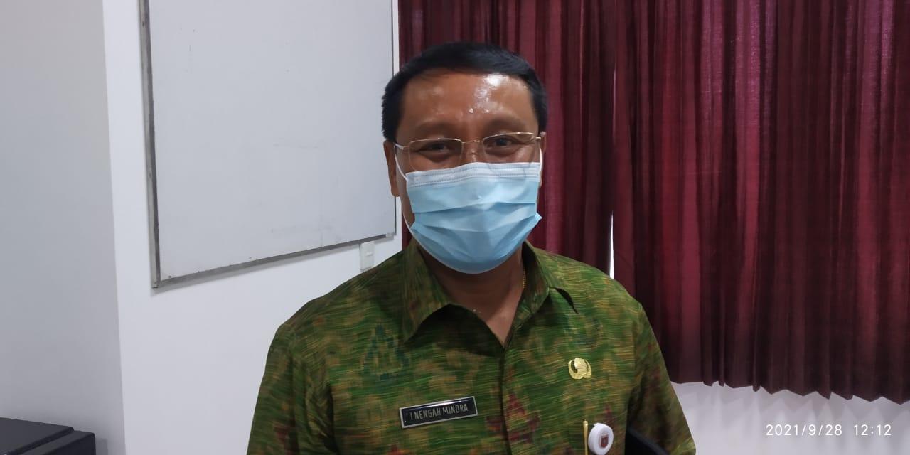 SEKRETARIS Dewan (Sekwan) Karangasem, I Nengah Mindra. Foto: nad
