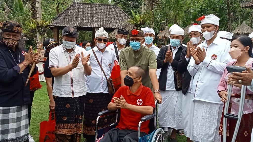 WAKIL Bupati Bangli, I Wayan Diar, saat menghadiri acara memperingati satu tahun kepengurusan Dekorda Bangli Puskor Hindunesia di Maha Praja Desa Peninjoan, Kecamatan Tembuku, Bangli, Jumat (10/9/2021). Foto: ist
