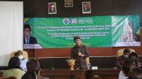 BUPATI Suwirta memberi pengarahan Pelatihan Pengelolaan BUMDes Angkatan IX Tahun 2021 di ruang rapat Dinas Ketahanan Pangan dan Perikanan, Desa Takmung, Banjarangkan, Kamis (14/10/2021). Foto: ist